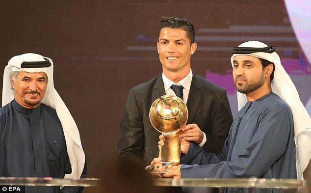 Ronaldo Wins Best Player at Dubai Globe Soccer Awards