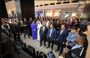 New Samsung Store in Dubai: Galaxy of 'Experiences' - Your