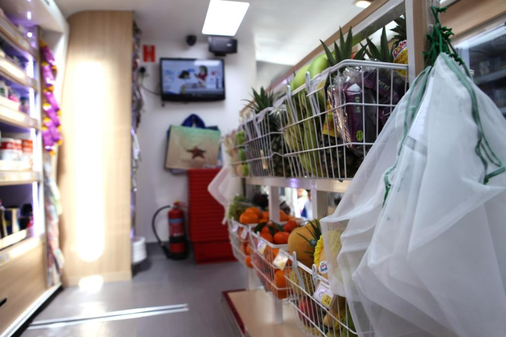 Carrefour Mobimart Grocery Bus - Interiors
