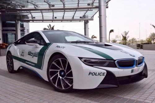 BMW i8 Dubai Police Car front view