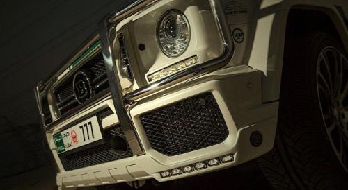 Mercedes-Benz G Wagon Brabus Dubai Police front grill