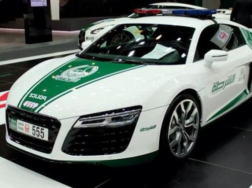 audi r8 dubai police car night